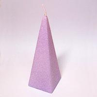 Farby meniaca sviečka - pyramída
